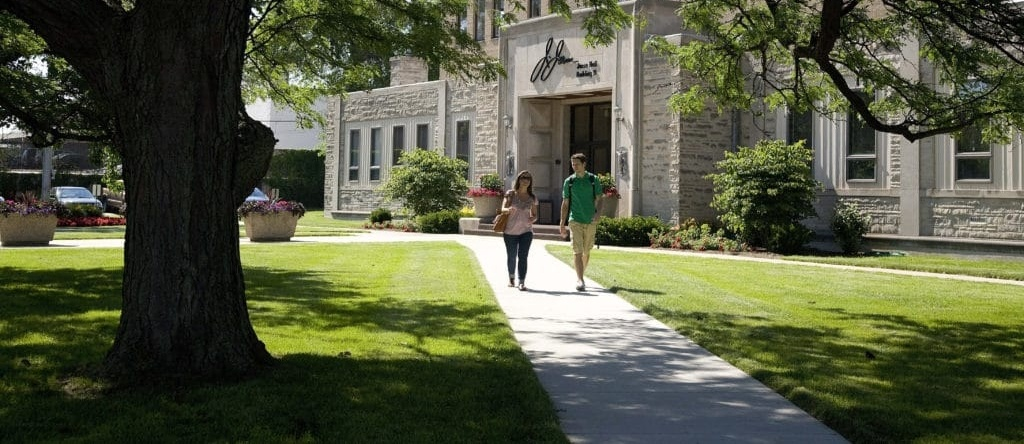 6 Benefits of Attending Campus Visit Day this Spring